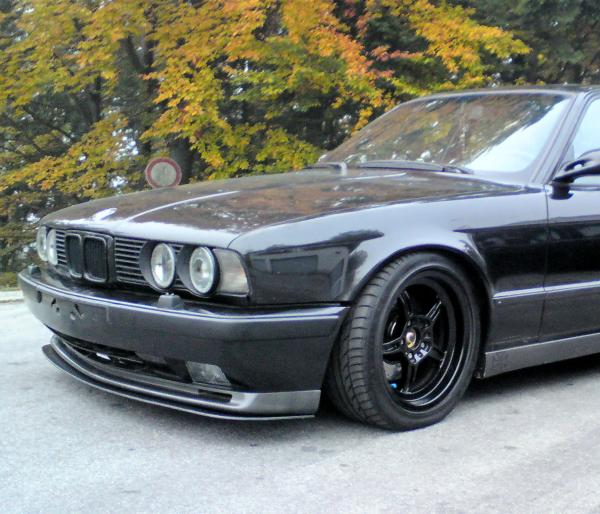 bmw e34 m5 dark 5er bmw e34 m5 tuning fotos. Black Bedroom Furniture Sets. Home Design Ideas
